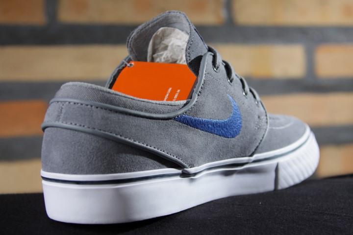 Tênis Nike SB - Zoom Stefan Janoski Cool Grey/Game Royal-Squadron Blue  - No Comply Skate Shop