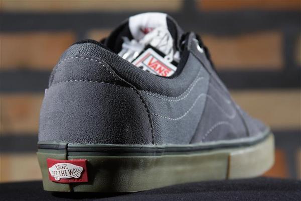 Tênis Vans - AV Native American Low Dark Grey/Gum  - No Comply Skate Shop