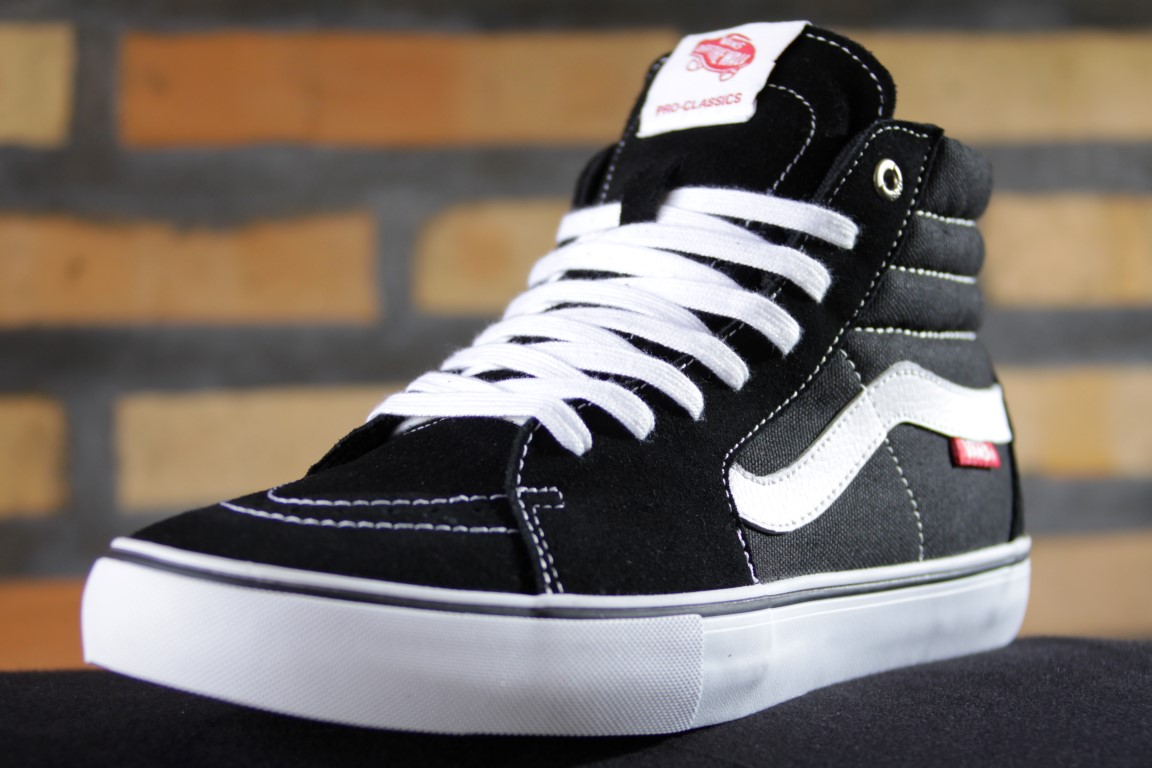 Tênis Vans - M Sk8-HI Pro Black/White  - No Comply Skate Shop