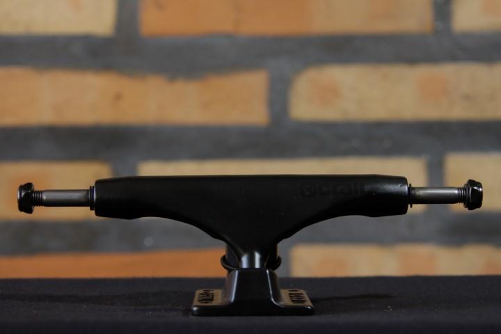 Truck Crail Low 142 Black Series Black Logo  - No Comply Skate Shop