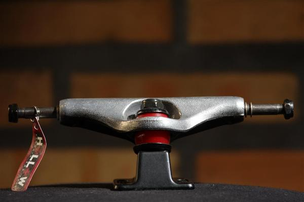 Truck Independent Stage 10 Hollow Cross Forged  - No Comply Skate Shop