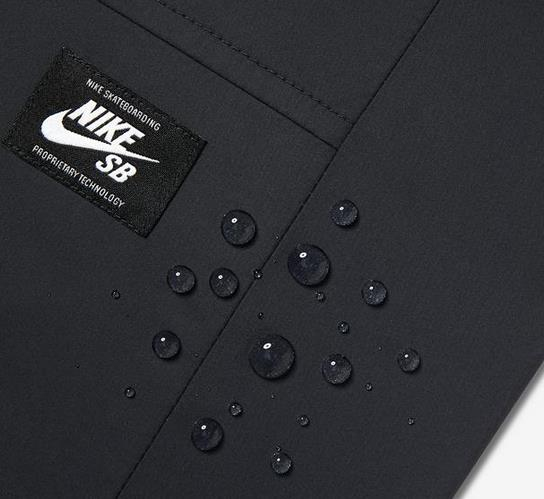 Jaqueta Nike SB - Shield Coaches Black/Cool Grey  - No Comply Skate Shop