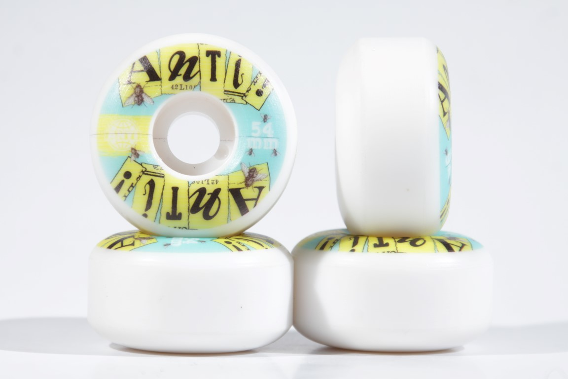 Roda Anti Action - Mosquito 4AT 54mm  - No Comply Skate Shop