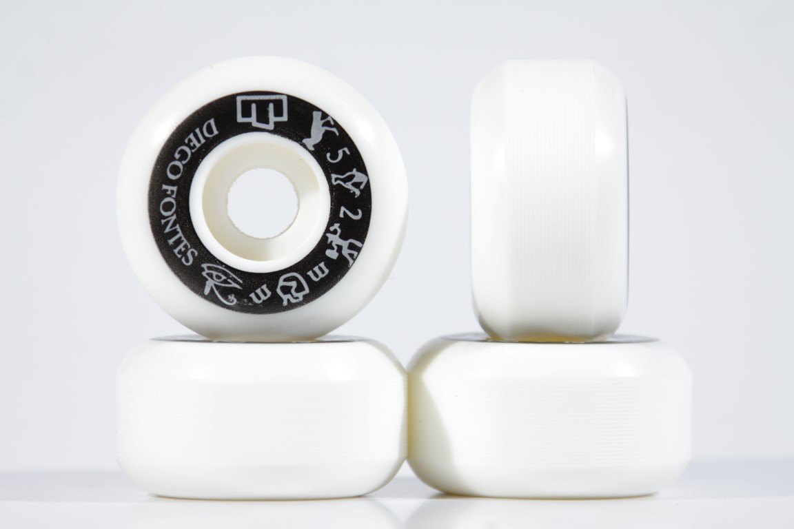 Roda Moska White 25yo! Diego Fontes 52mm  - No Comply Skate Shop