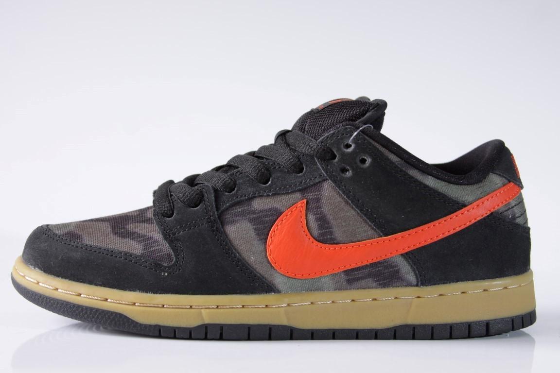 Tênis Nike SB - Dunk Low Premium SB Black/Team Orange-Rough Green  - No Comply Skate Shop