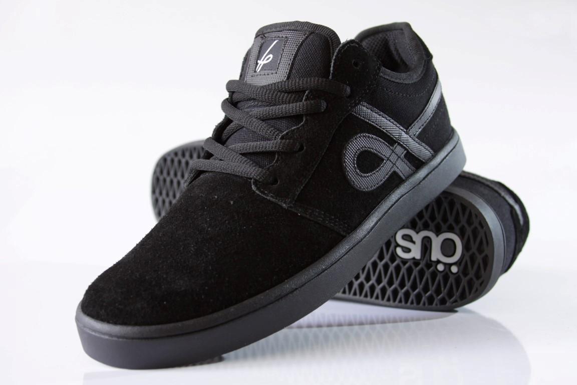 Tênis Öus - Naccarato Black Essencial  - No Comply Skate Shop