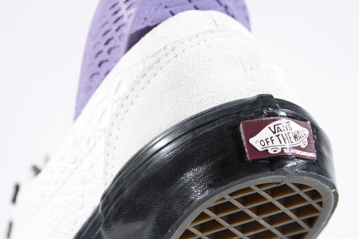 Tênis Vans - Era Pro (Breana Geering) Marshmallow/Black  - No Comply Skate Shop