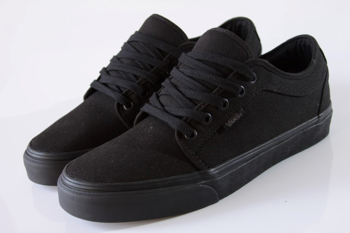 Tênis Vans - MN Chukka Low Blackout  - No Comply Skate Shop