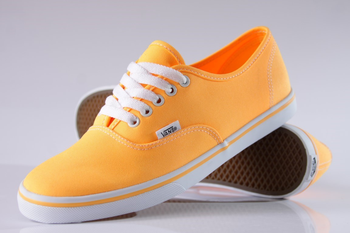 Tênis Vans - U Authentic Lo Pro Orange Pop (Neon) - No Comply Skate Shop