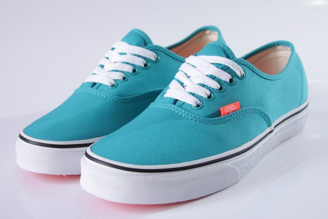 Tênis Vans - U Authentic Tile Blue/Coral (Neon)  - No Comply Skate Shop