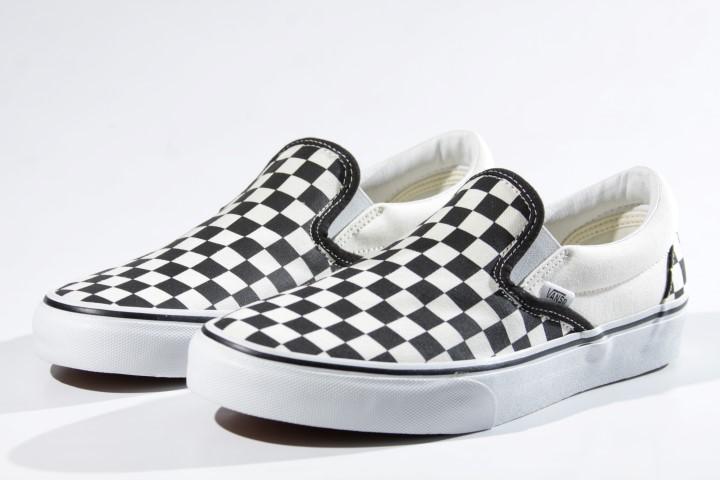 Tênis Vans - UA Classic Slip On Checkerboard Black/White  - No Comply Skate Shop