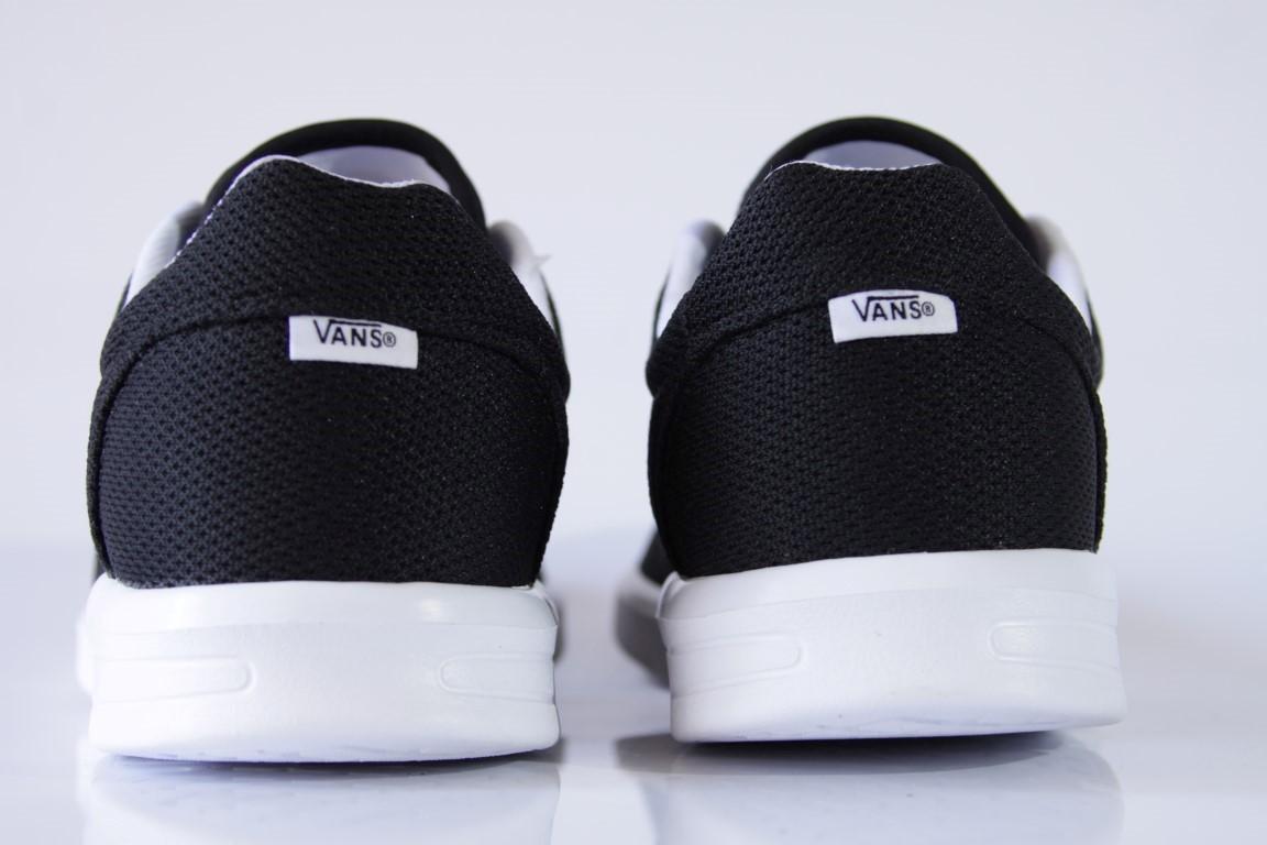 Tênis Vans - UA ISO 1.5 Black/True White  - No Comply Skate Shop
