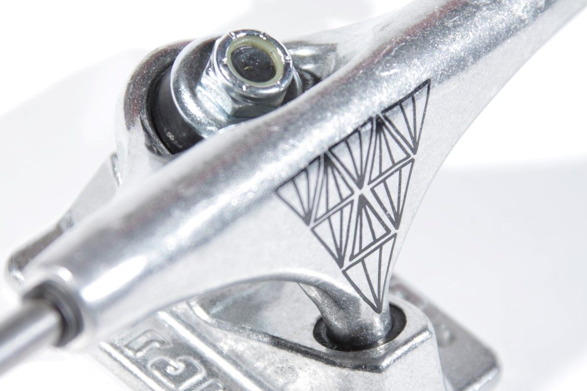 Truck Crail 129 Mid Sinergia Silver  - No Comply Skate Shop