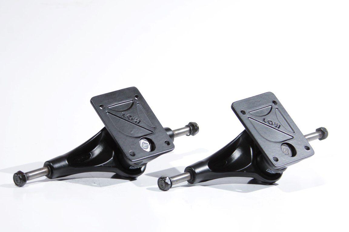 Truck Crail - Low 142 Black Series Black Logo  - No Comply Skate Shop