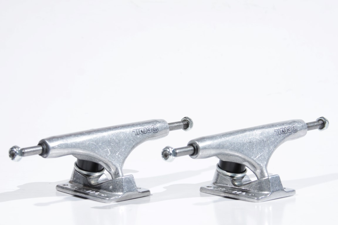 Truck Crail - Low 146 Classic Logo Silver  - No Comply Skate Shop