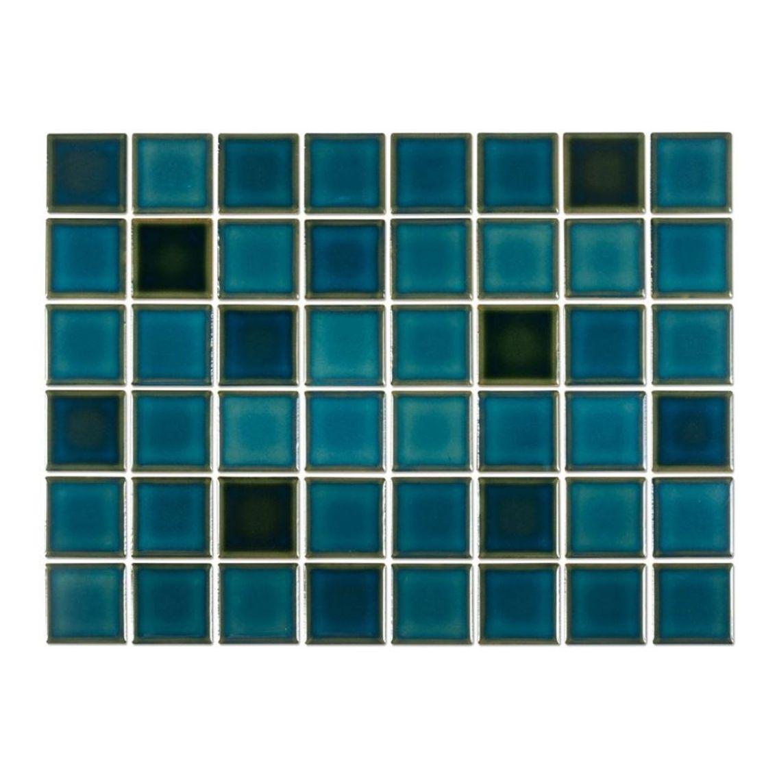 Pastilha Verde Calhetas 5x5 cm <br /><b>R$ 118,00 M² </b><br />Cx 1,08 M² <b> R$ 127,44</b>