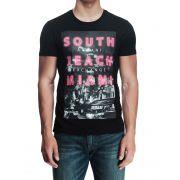 Camiseta Armani Exchange Miami Preta