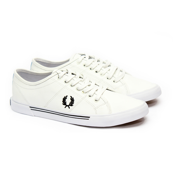 ebbd429327ecc SAPATÊNIS WIGGINS FRED PERRY BRANCO Fred Perry Masculino Outlet ...