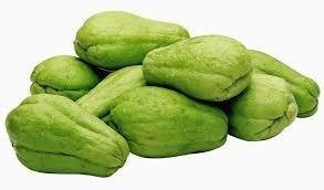 04 Mudas De Mini Chuchu Verde Para Plantio Bulbos  - BELLI PLANTAS
