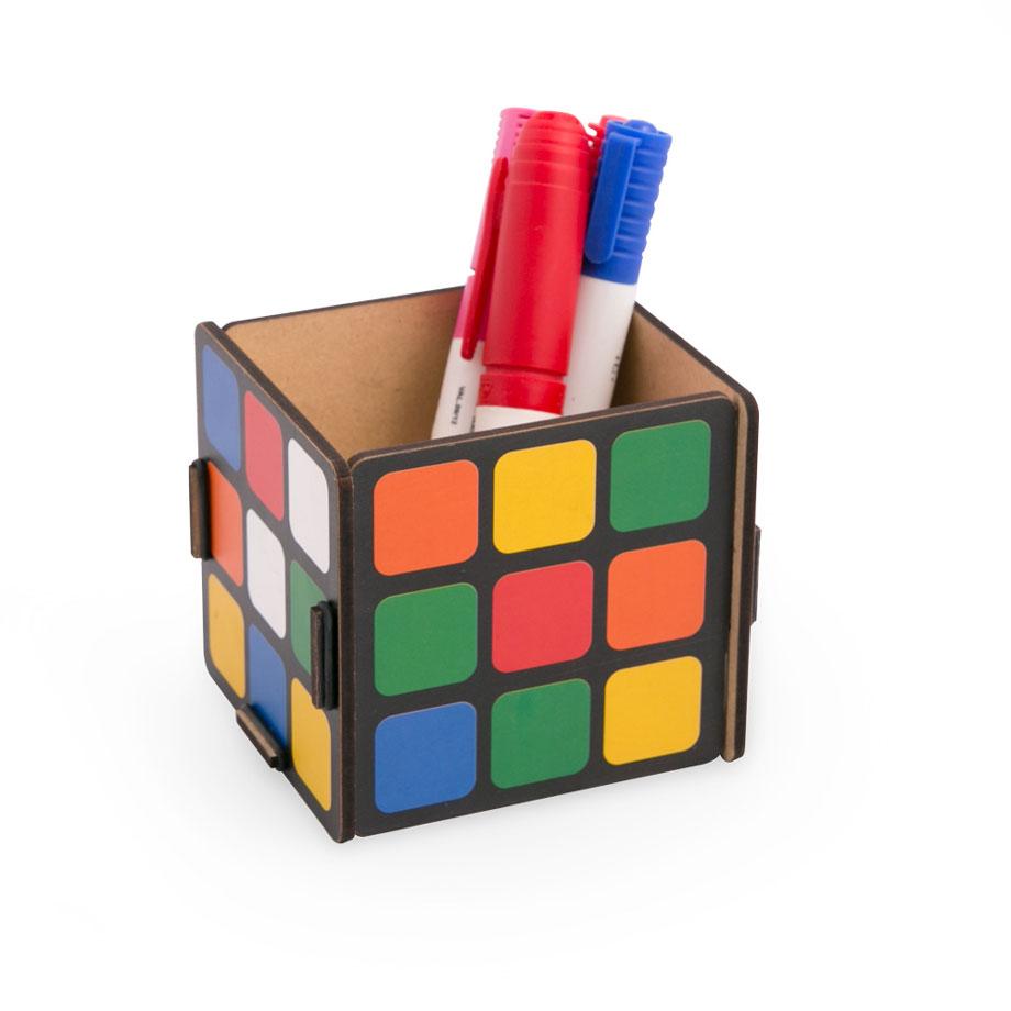 Porta Objetos de Madeira Cubo Mágico