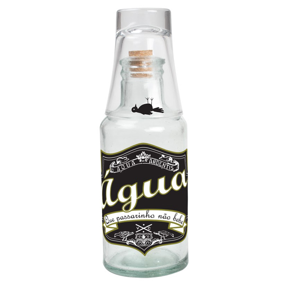 Moringa de Cachaça Água Que Passarinho Não Bebe