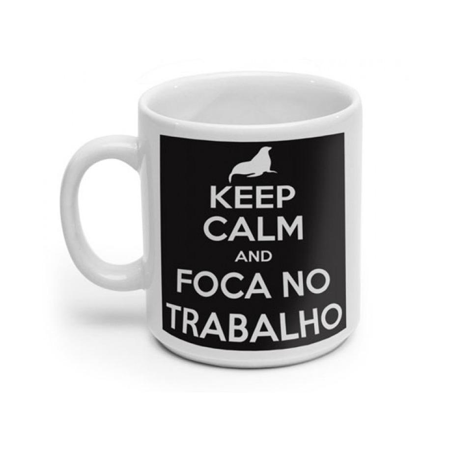 Caneca Branca Keep Calm And Foca no Trabalho