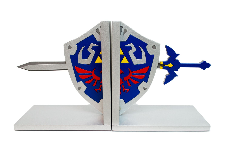 Aparador de Livros e Jogos Zelda Escudo Link FBA