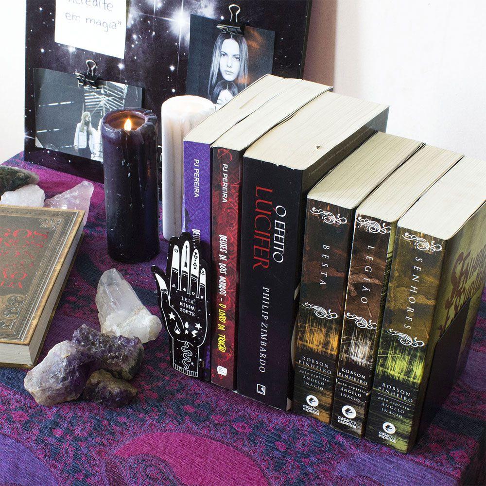 Aparador de Livros Leia Minha Sorte
