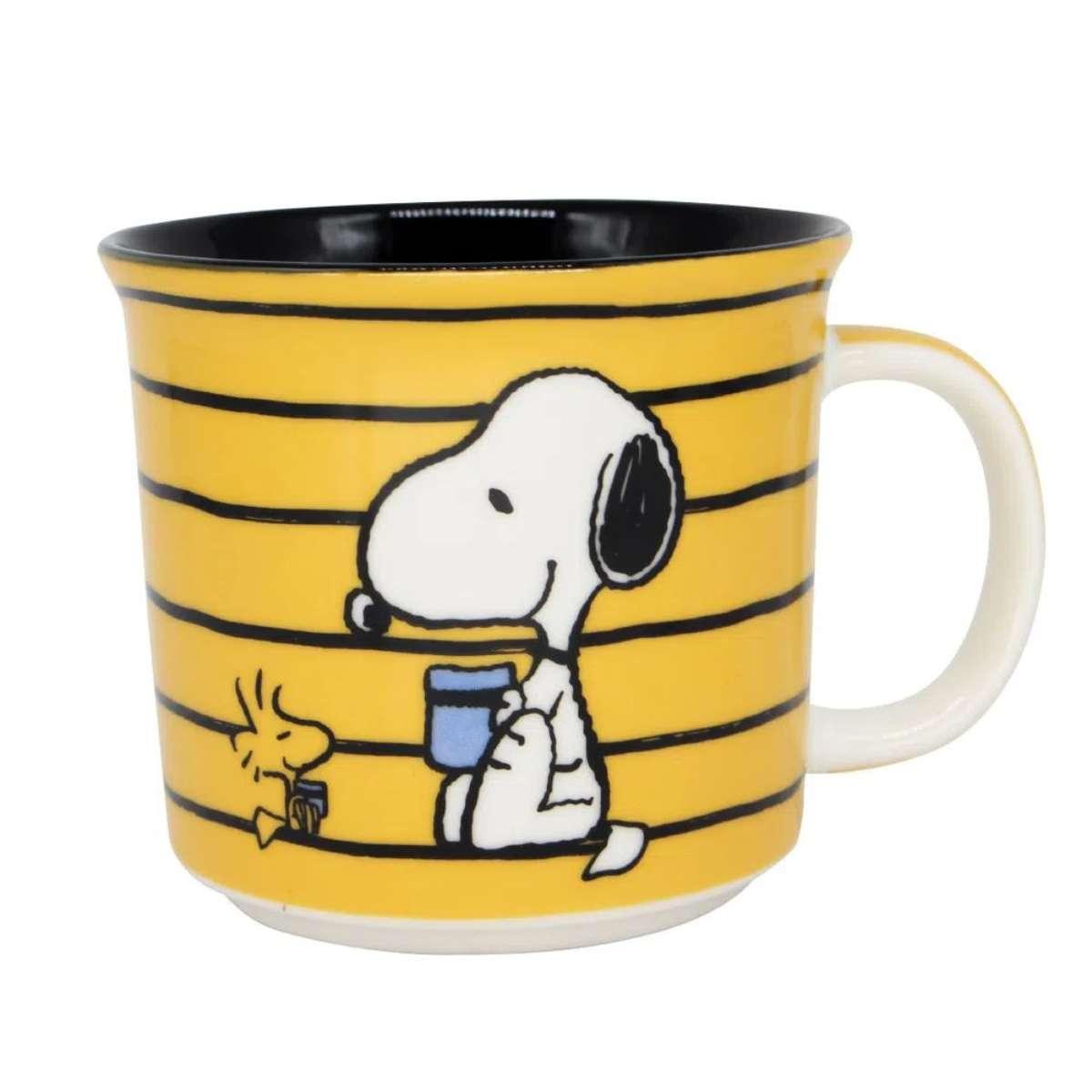 Caneca Snoopy Listrada Lazy Days HQ Charlie Brown