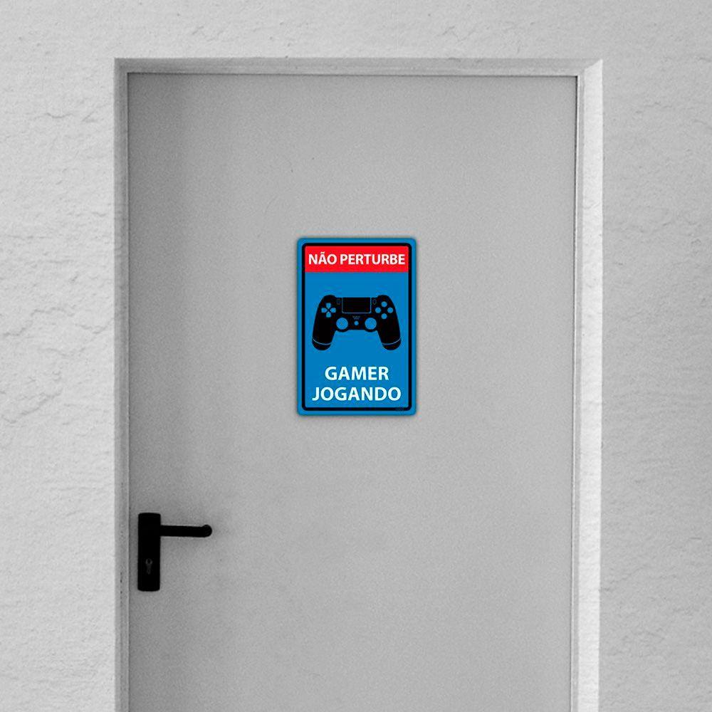 Placa Decorativa 24x16cm Não Perturbe Gamer Jogando Ps4 Dualshock