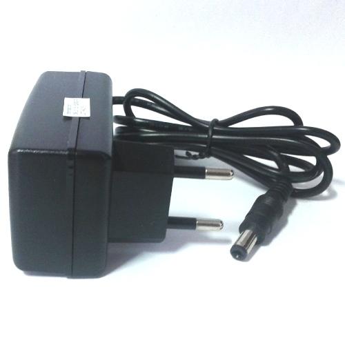 Fonte Estabilizada Chaveada Bivolt 5v 1a Plug P4 (C+) 5.5mm X 2.1
