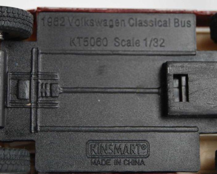 Miniatura KOMBI Volskawaegn KT5060 escala 1/32