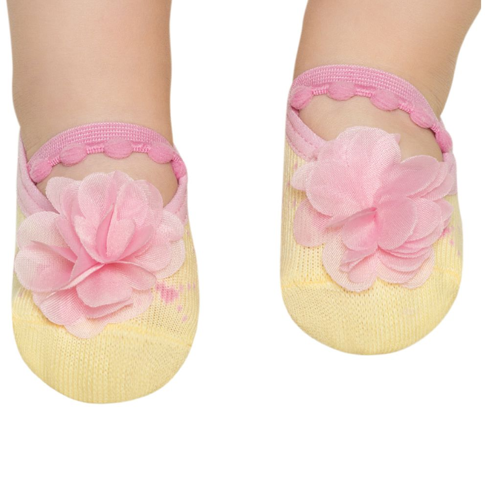 Meia Sapatilha Amarela Flor Rosa B (0-12 meses)   PUKET