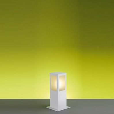 Poste 30cm Lampada E27 Balizador Jardim Bolt Quadrado PA130 Branco Ideal  - OUTLED ILUMINAÇÃO