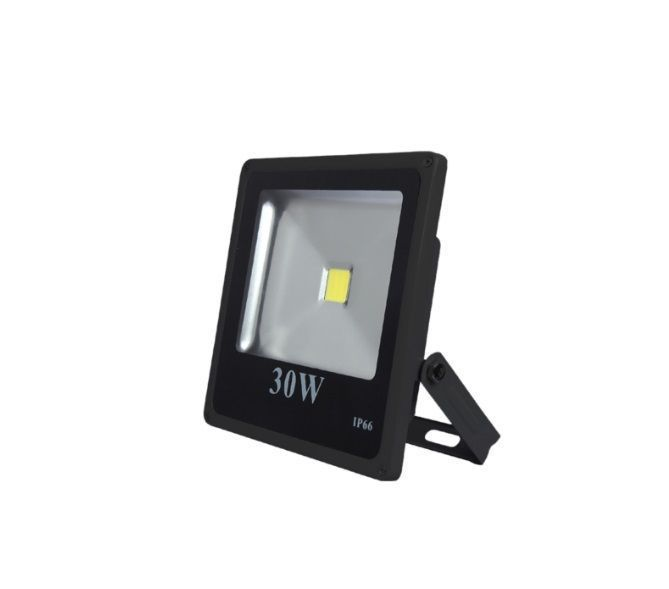 REFLETOR LED 30W IP66 BIVOLT BRANCO FRIO 6000K 2100Lm  - OUTLED ILUMINAÇÃO