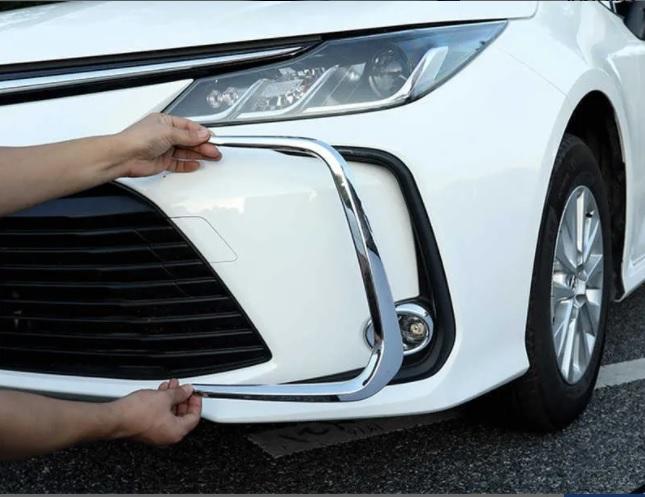 Aplique Moldura Cromado Parachoque Corolla 2020  - Só Frisos Ltda