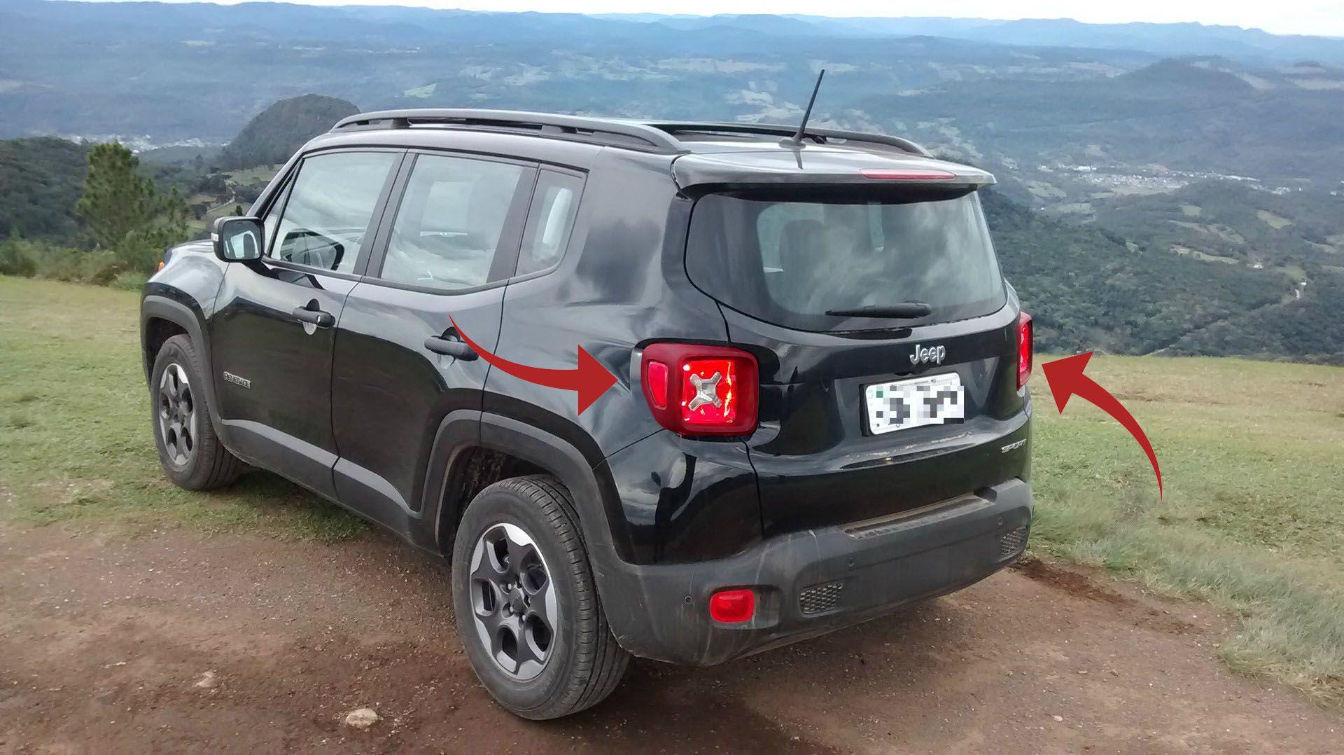 Aplique Vermelho Lanterna Traseira Jeep Renegade  - Só Frisos Ltda