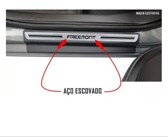 Soleira de Porta Resinada Fiat Freemont  - Só Frisos Ltda