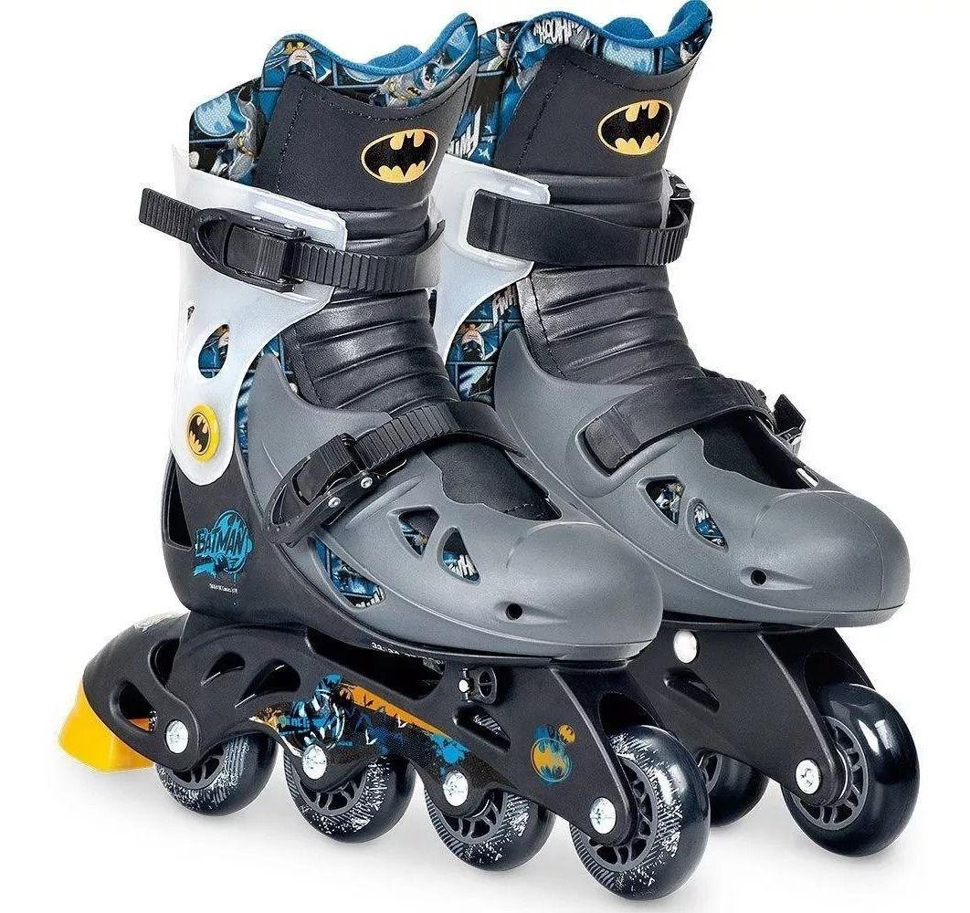 Patins Batman Ajustável Do 33 a 36 C/ Kit De Segurança Capacete, Joelheiras e Cotoveleiras  - Fun