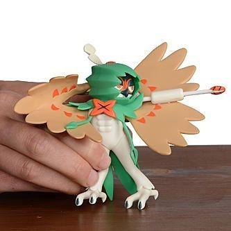 Pokémon Boneco De Batalha Lançador 11 cm Decidueye DTC  - Doce Diversão
