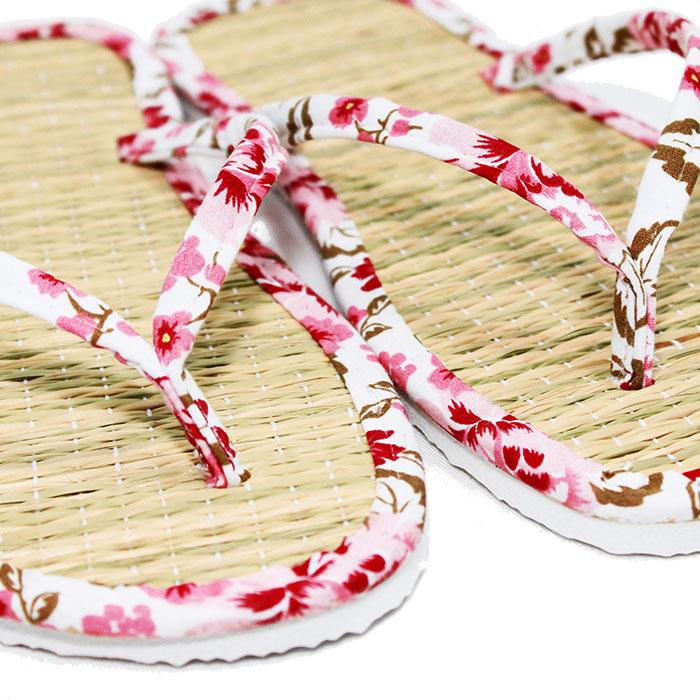 Chinelo de Palha Oriental Zori Lavável Tricoline Flor Vermelha