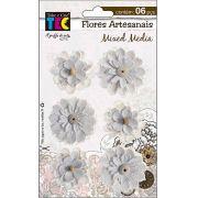 Flores Artesanais Mixed Media
