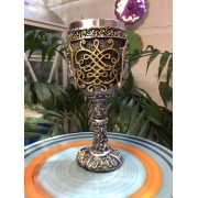 Cálice medieval-Resina e alumínio-19cm