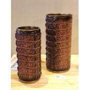 Vaso Decorativo Em Resina Estampado Estilo Couro De Jacaré Marrom 30 X 14 X 14