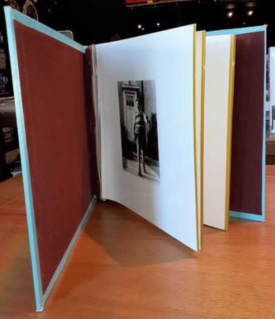 Álbum Fotos 10x15 Pq Em Seda Bigben Oldway 18x14x5cm  - Arrivo Mobile