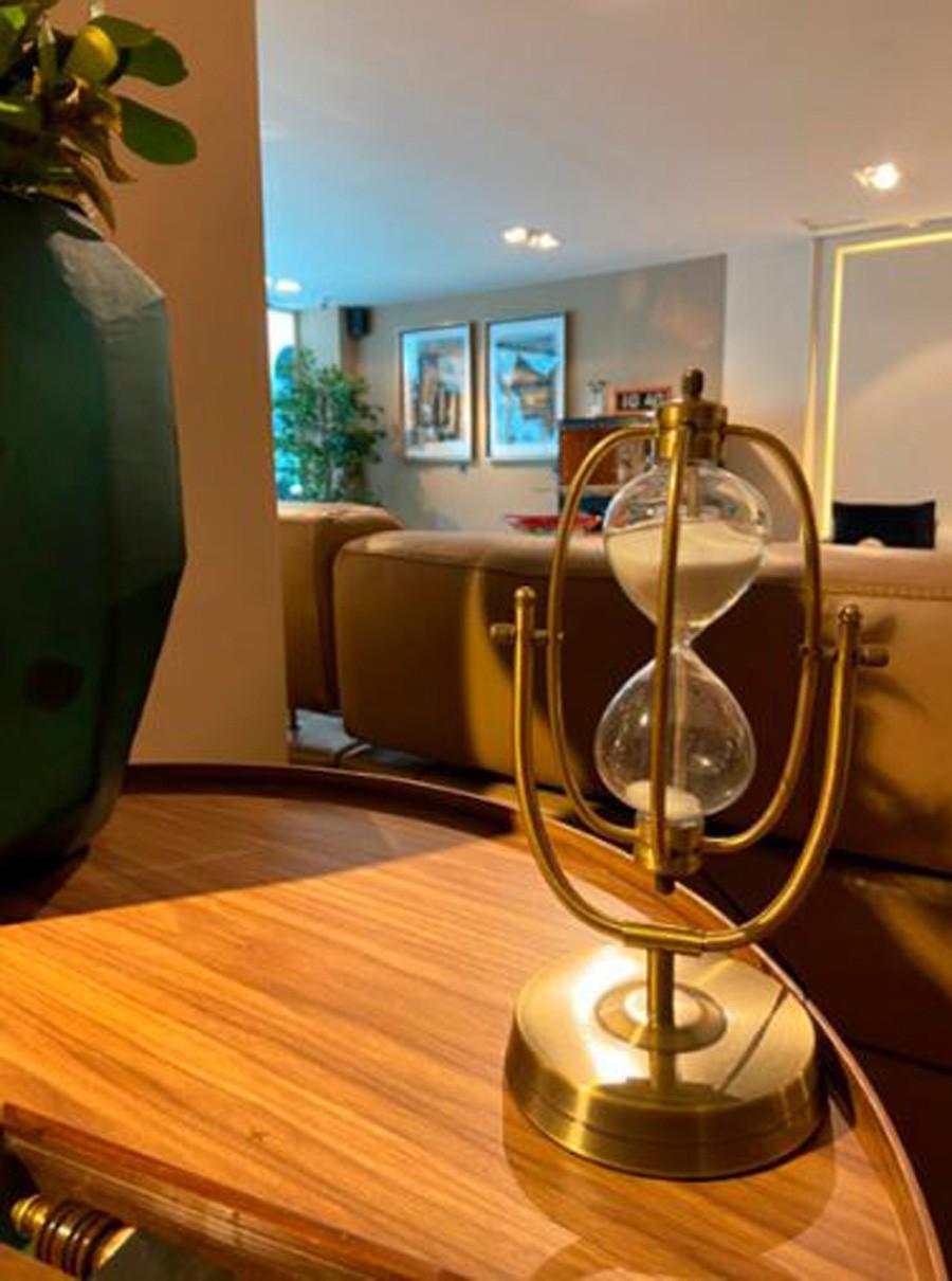 Ampulheta Oval Grande Inox Vidro Dourado 31x16x11cm  - Arrivo Mobile