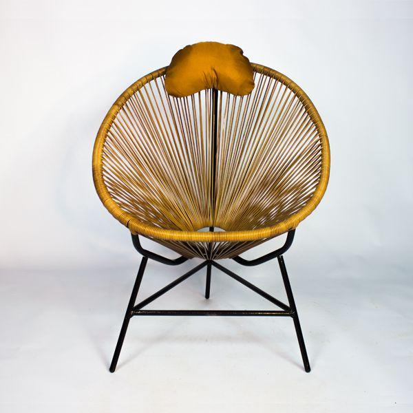 Cadeira Tramada Com Encosto Oval - Amarela E Pés Preto  - Arrivo Mobile