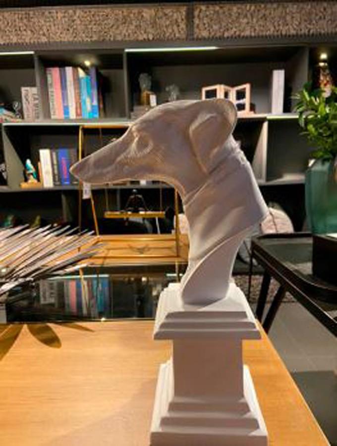 Escultura Busto Cachorro Branco  - Arrivo Mobile