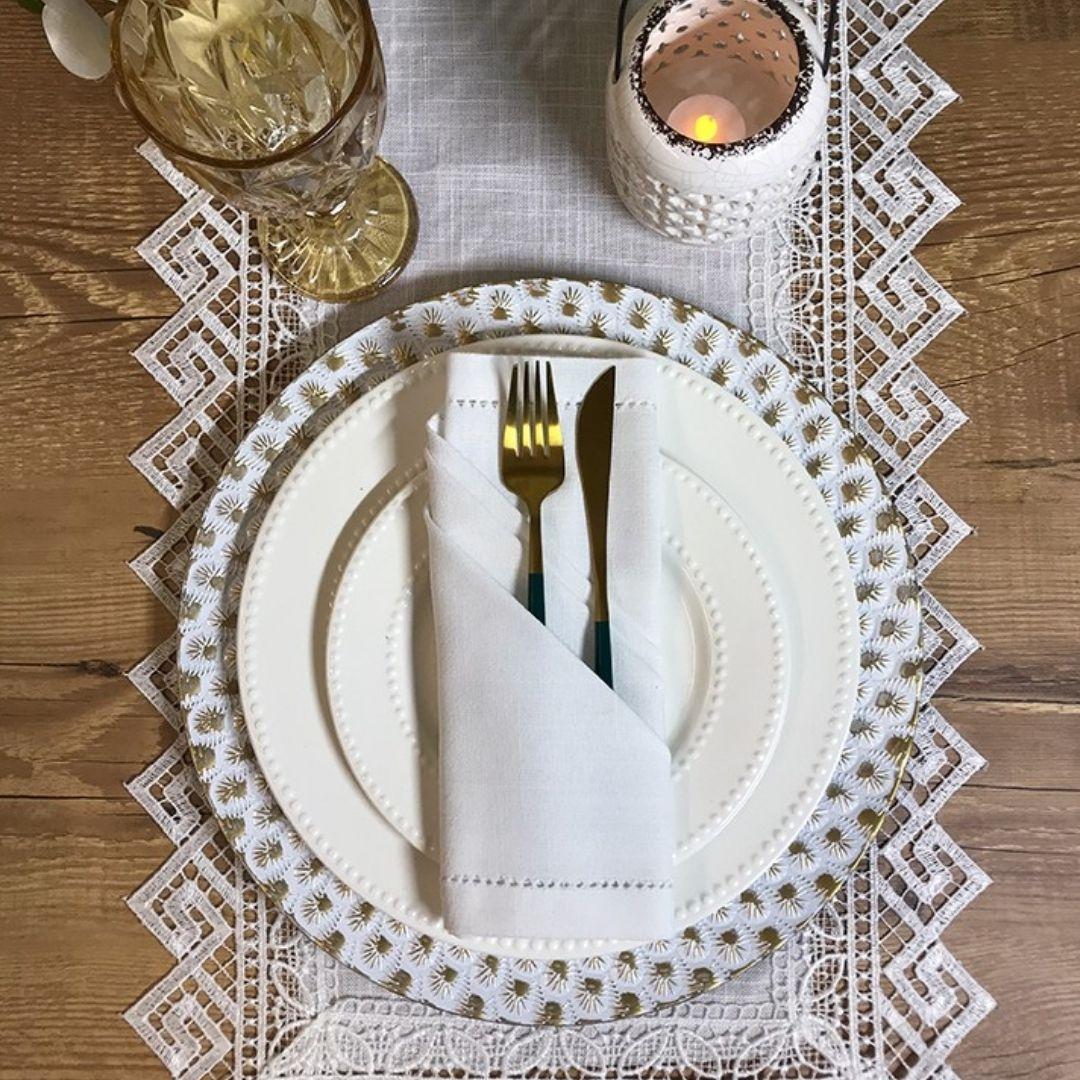 Sousplat Redondo Lótus Branco Com Dourado 33cm - 1155  - Arrivo Mobile