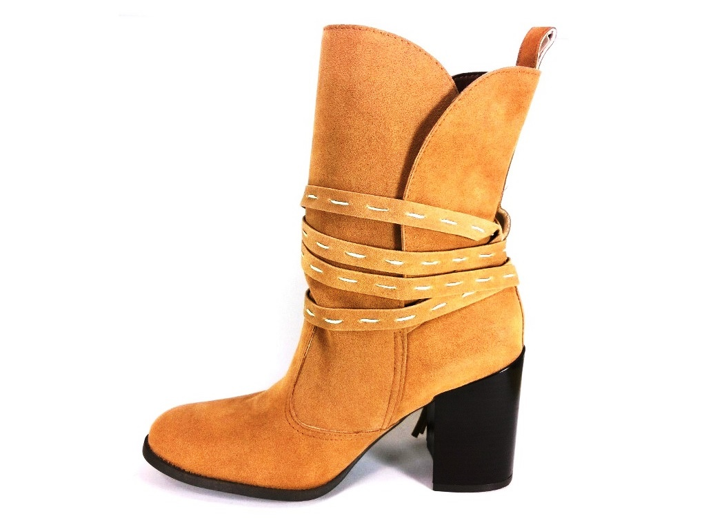 Bota Cano Médio RR Shoes Inverness Bege  - SAPATOWEB.COM